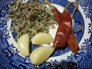 3 Simple Ingredients - Garlic, Mugwort and Chili Pepper
