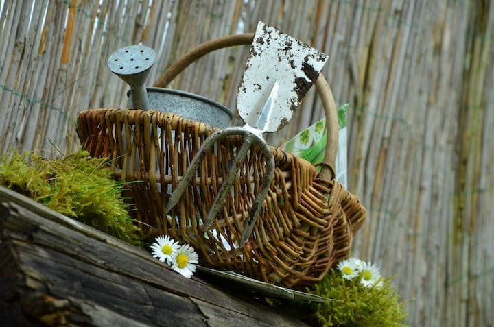 122.Gardening Planning the Practical Herbalist Way